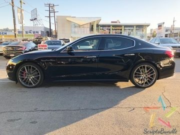 2017 Maserati Ghibli SQ4 Blue 1,694 Miles